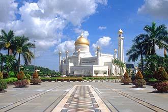 Brunei Bandar Seri Begawan Omar Ali Saifuddien Mosque