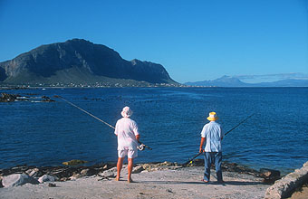 Bettys Bay fishing with fantastic panorama