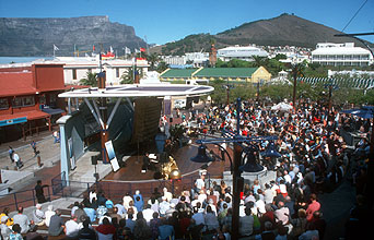 Cape Town Singathon at the Waterfront amphitheatre panorama
