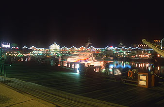 Cape Town Waterfront by night 3