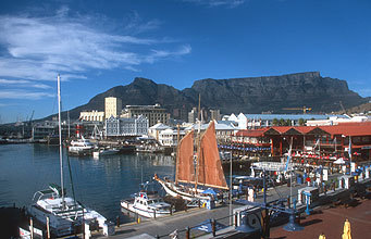 Cape Town Waterfront with ships and Table Mountain