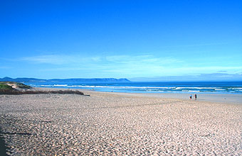 Hermanus Grotto Beach with blue flag status