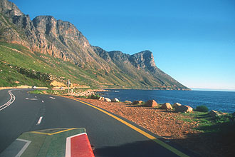 Kogel Bay coastal road between Kleinmond and Gordons Bay 3