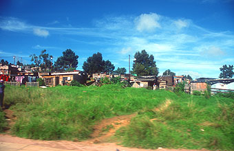 houses on the road between Plettenberg Bay and Knysna