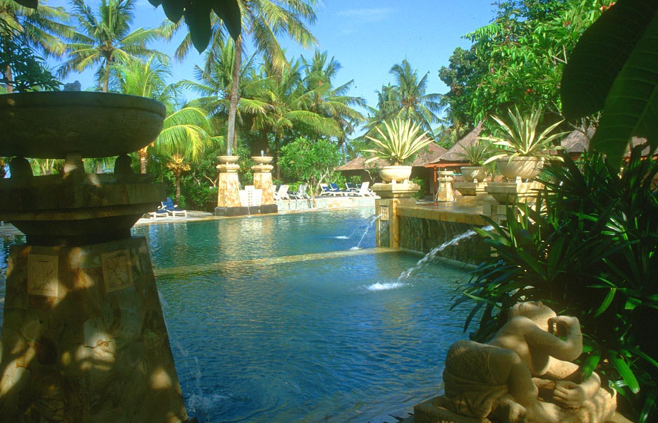 Bali Kuta Travel Pictures: Indonesia, Legian, Denpasar, Tanah Lot ...