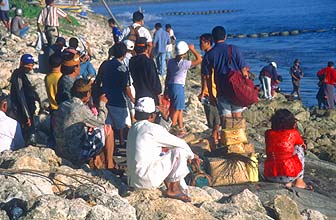 Bali Sanur beach people waiting for the departure of the boat to Nusa Lembongan and Nusa Penida island2