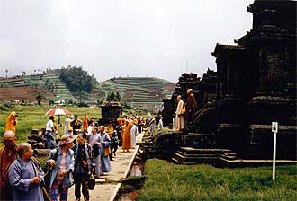 Yogjakarta: Hindu Temples (Archeological site) on Dieng Plateau