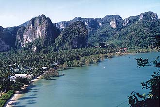 Krabi: Rai Lay East Beach from viewpoint