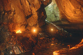 Gunung Mulu National Park Clearwater Cave river