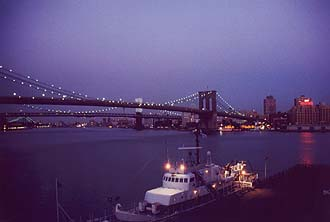 NYC_New_York_Brooklyn_Bridge_by_night_from_Pier_17.jpg