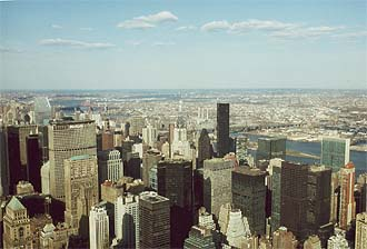 NYC_New_York_Central_Manhattan_with_Chrysler_Building_and_UNO_Headquarters.jpg