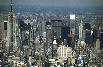 NYC_New_York_Central_Manhattan_with_Empire_State_Building_and_Chrysler_Building