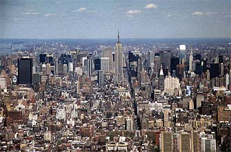 NYC_New_York_Central_Manhattan_with_Empire_State_Building_panorama.jpg