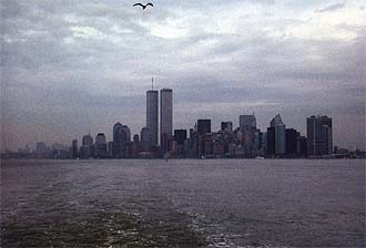 NYC_New_York_Downtown_Manhattan_and_WTC_from_Ferry.jpg