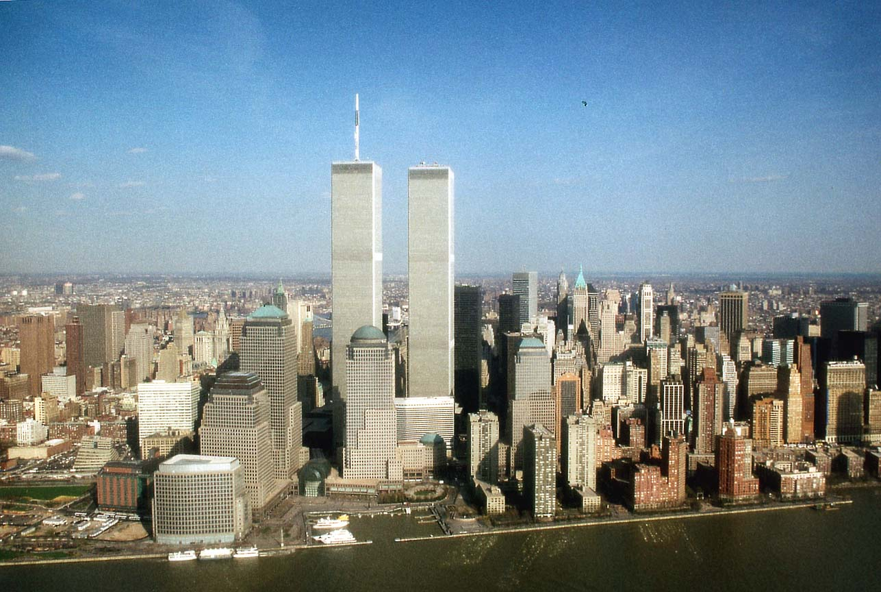 http://www.tropicalisland.de/NYC_New_York_Downtown_Manhattan_and_WTC_from_Helicopter_b.jpg