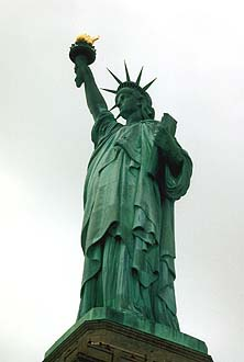 NYC_New_York_Liberty_Statue.