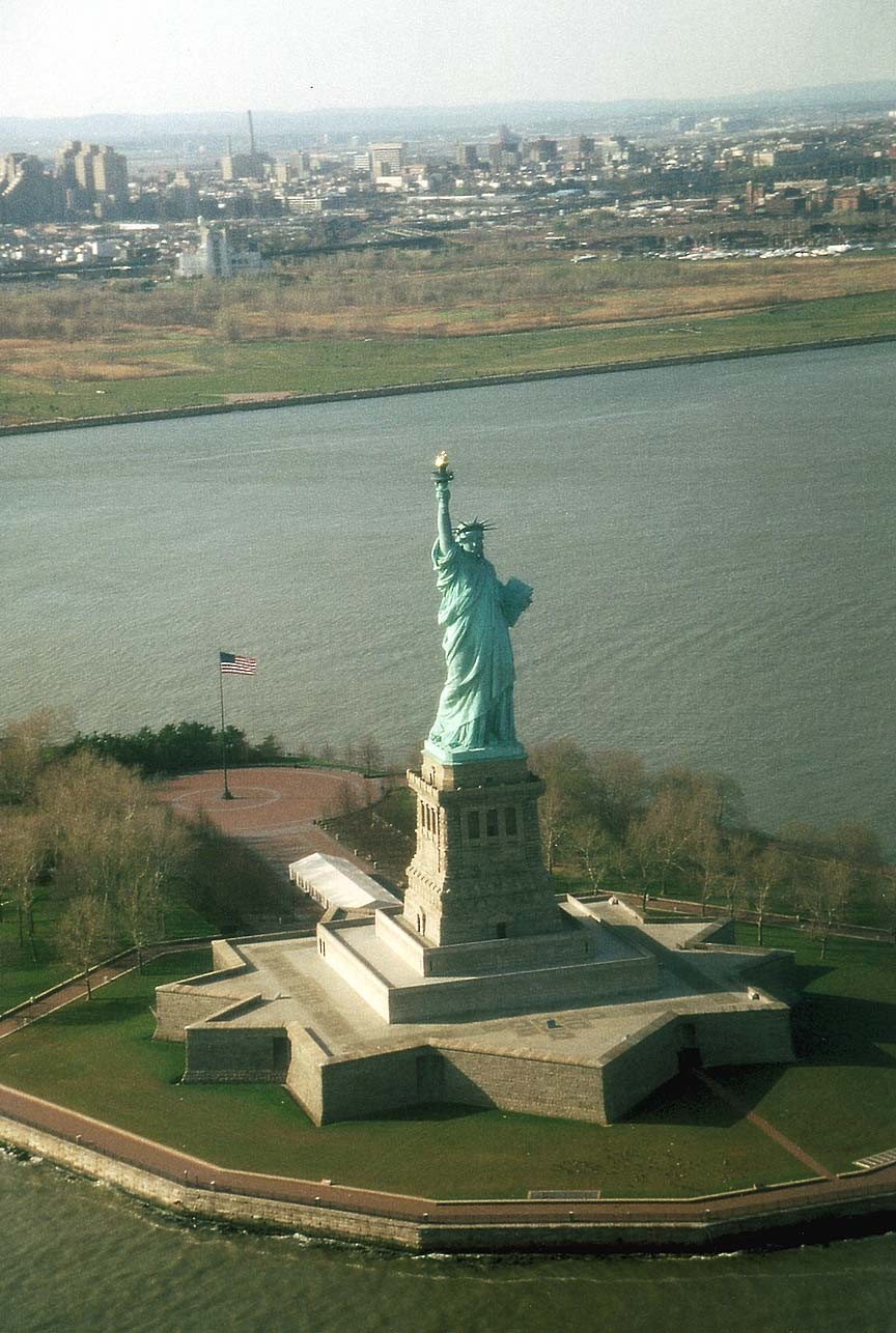 NYC_New_York_Liberty_Statue