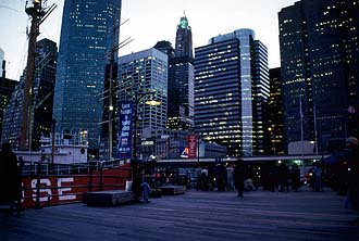 NYC_New_York_Manhattan_South_Street_Seaport_Museum_Pier_17