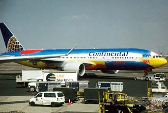 NYC_New_York_Newark_Airport_Continental_Airlines_Boeing_B777_with_special_painting.jpg