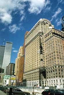 NYC_New_York_Old_skyscraper_with_World_Trade_Center.jpg