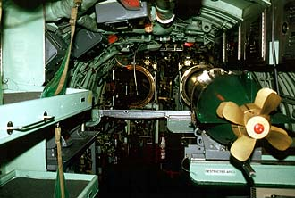 NYC_New_York_Sea_Air_and_Space_Museum_Submarine_Growler_Torpedo_Room.jpg