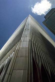 NYC_New_York_World_Trade_Center_Tower_with_cloud.jpg