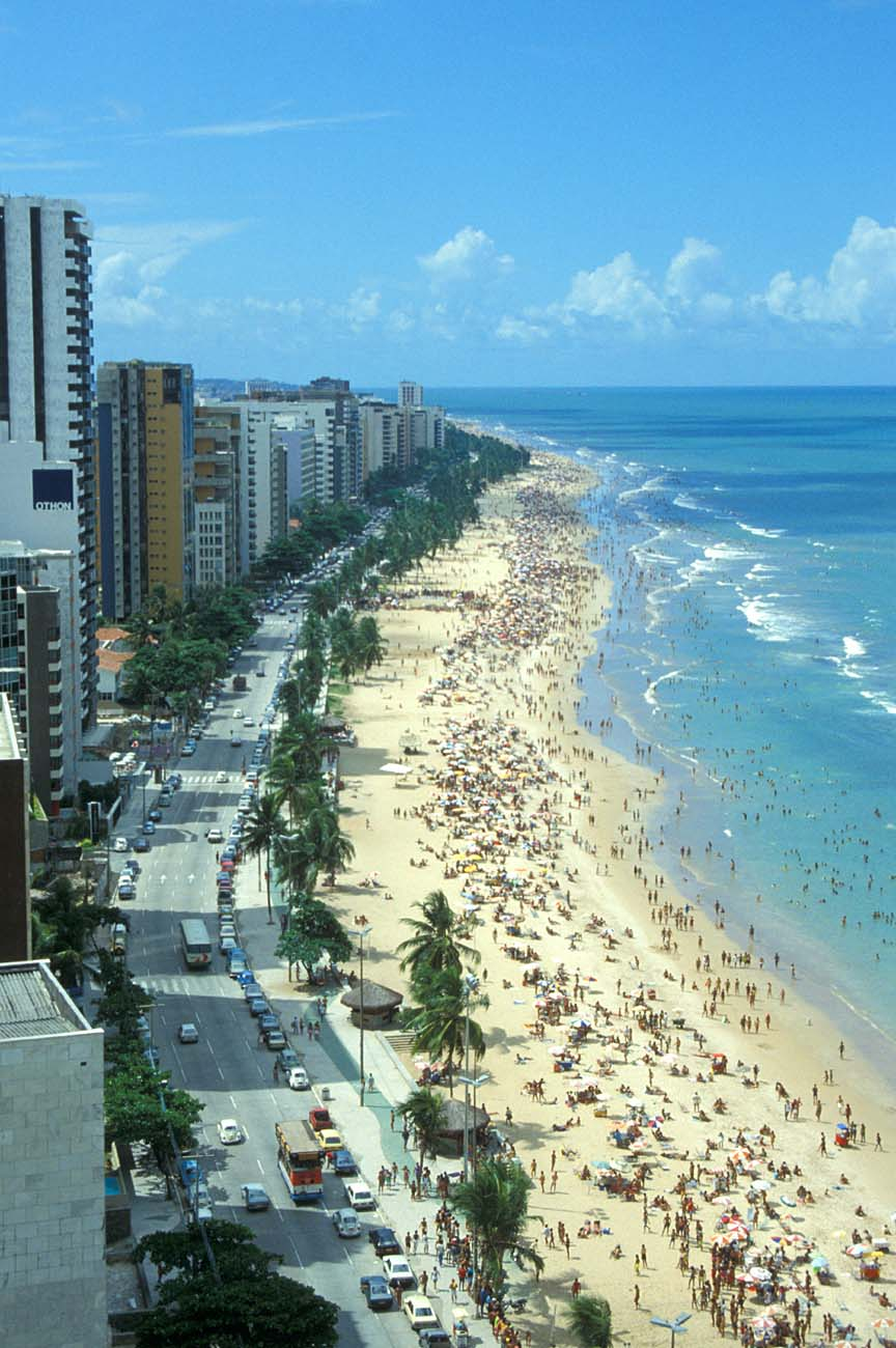 http://www.tropicalisland.de/REC_Recife_Boa_Viagem_beach_from_Recife_Palace_Hotel_roof_terrace2_b.jpg