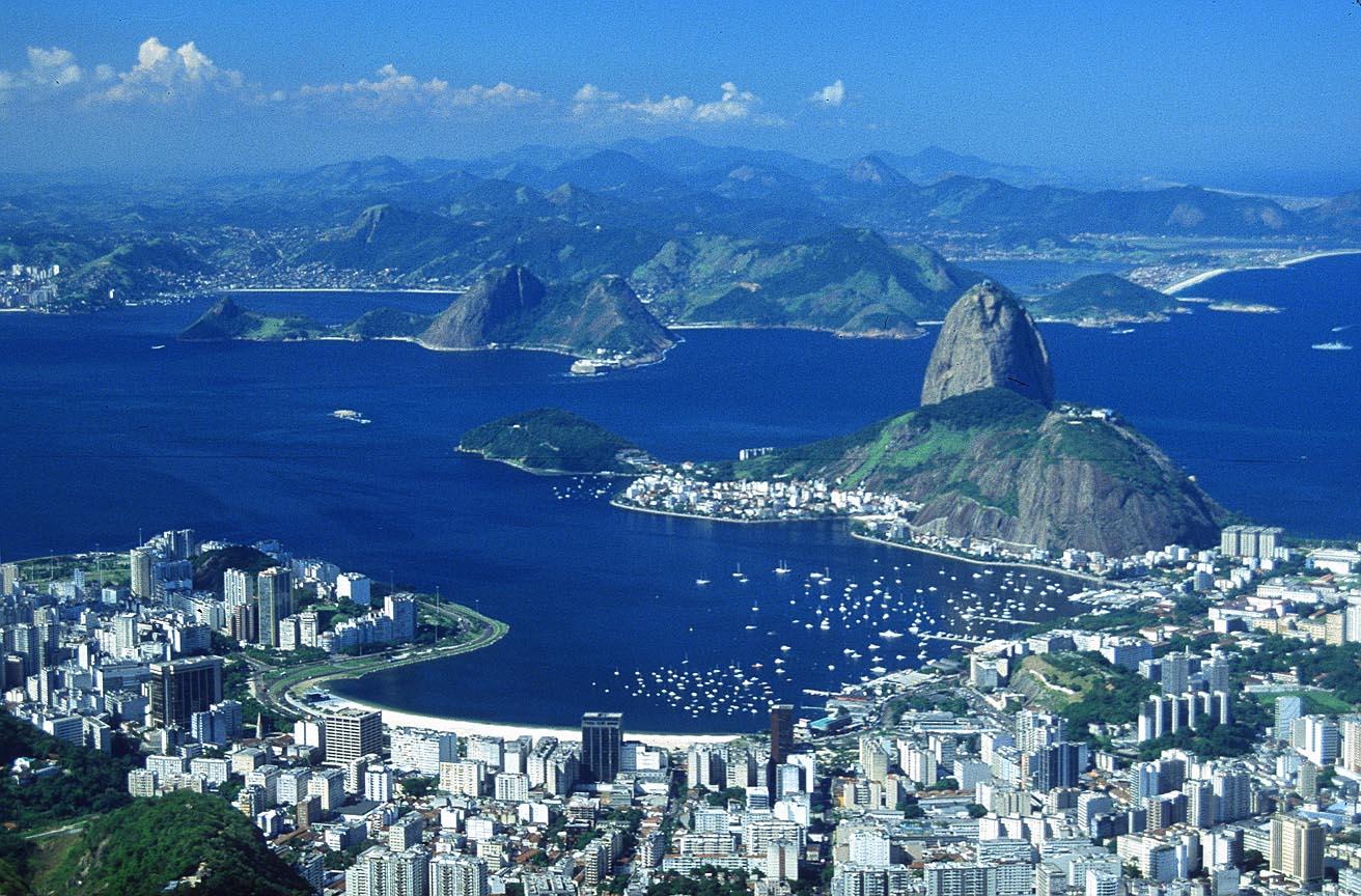 http://www.tropicalisland.de/RIO_Rio_de_Janeiro_Corcovado_panorama_2_2_b.jpg
