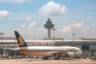 Singapore Airlines Boeing B777-212(ER) Aircraft at Singapore Changi Airport