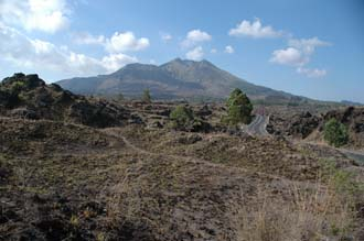 DPS Bali Mount Batur from lava fields in the outer crater 02 3008x2000
