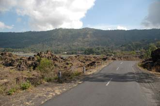 DPS Bali Mount Batur road between Kedisan and Toya Bungkah near Lake Batur 02 3008x2000