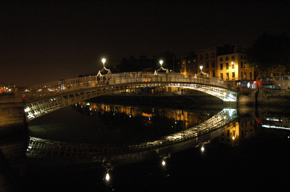 DUB Dublin - Ha penny Bridge