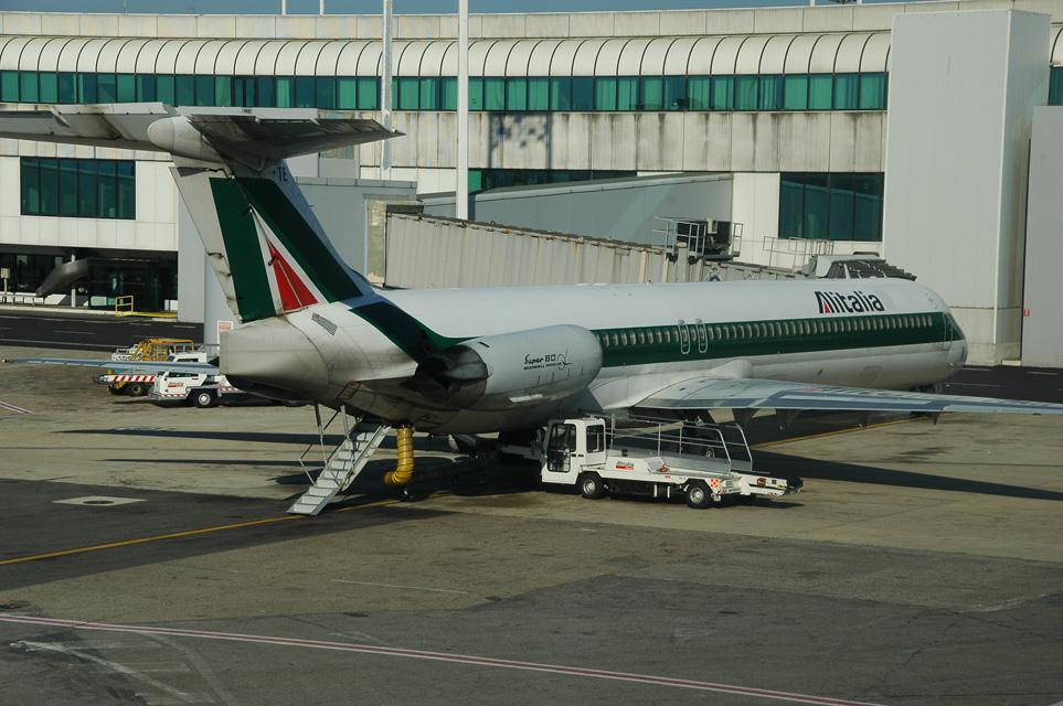 FCO Rome Fiumicino Airport - Alitalia MD80 aircraft 3008x2000