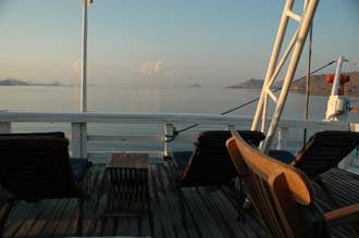 BMU Komodo Island Ombak Putih sailing ship upper deck after sunrise 1 3008x2000