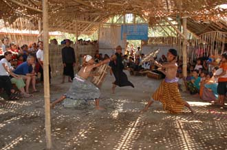 AMI Lombok Loang Gali village traditional dance performance 20 3008x2000