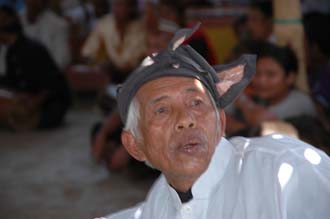 AMI Lombok Loang Gali village traditional dance performance 21 3008x2000