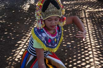 AMI Lombok Loang Gali village traditional dance performance 29 3008x2000