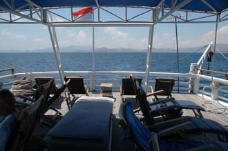 AMI Lombok Ombak Putih sailing ship Gili Nanggu Island upper deck with deck chairs 3 3008x2000