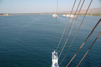 AMI Lombok Ombak Putih sailing ship in Labuhan Kayangan harbour view from first mast 1 3008x2000