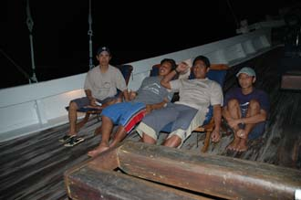 AMI Lombok Ombak Putih sailing ship open air buffet for dinner on lower deck crew members 2 3008x2000