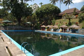 AMI Lombok Suranadi Hotel spring-fed pool with icy cold water 3008x2000