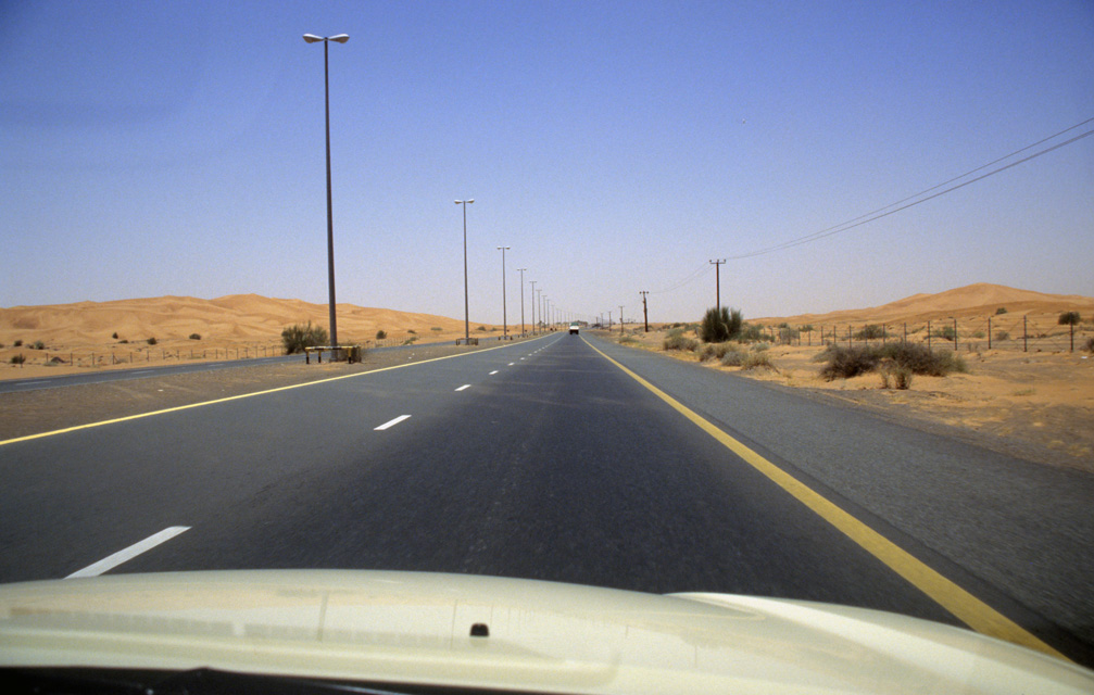 DXB Dubai - highway from Dubai to Hatta Oasis 05 5340x3400