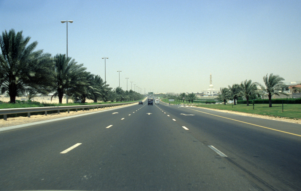DXB Dubai - return to Dubai on palm-fringed highway 5340x3400