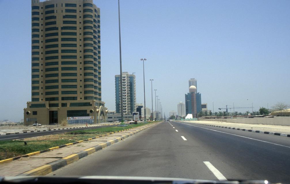 DXB Fujairah - Hamad bin Abdullah Road in Fujairah with Etisalat building 5340x3400